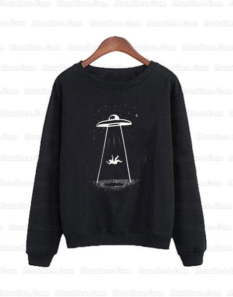 Alien-Abduction-Spaceship-sweatshirt